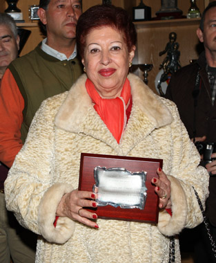 amelia_del_castillo_placa_presidenta_de_honor